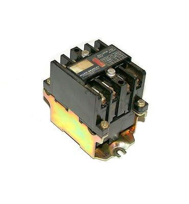 ALLEN BRADLEY CONTROL RELAY 10 AMP MODEL 700-N400A1  (8 AVAILABLE)