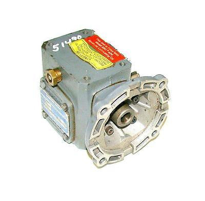 BOSTON GEAR  F71010SB4J6D0R  GEARBOX RATIO 10: 1 INPUT HP0.37 OUTPUT TORQUE 123