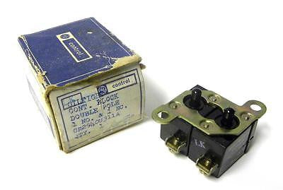 NEW GENERAL ELECTRIC GE OILTIGHT CONTACT BLOCK DOUBLE POLE MODEL CR294OU311A