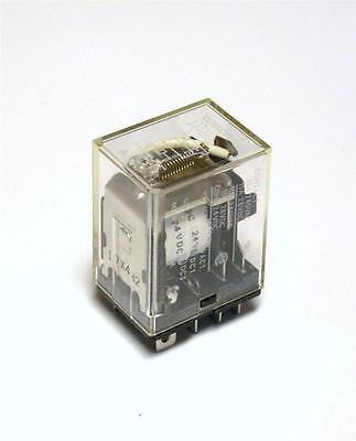 BRAND NEW OMRON 8-PIN RELAY 24VDC (5 AVAILABLE)