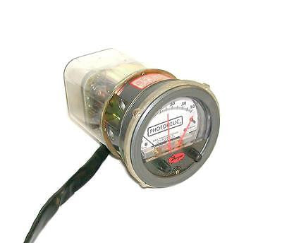 DWYER PHOTOHELIC GAUGE  0-1.0 INCHES OF H20 115 VAC MODEL 3001C