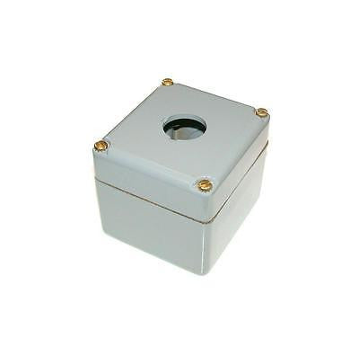 NEW 30 MM SQUARE D PUSHBUTTON STATION 1 HOLE MODEL 9001KY-1