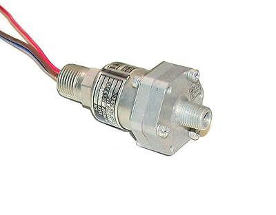 ITT AEROSPACE CONTROLS NEO-DYN PRESSURE SWITCH 5 AMP MODEL 130P12C3