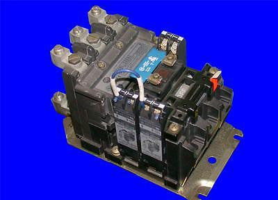 VERY NICE ALLEN BRADLEY 60 AMP CONTINOUS RATING AC CONTACTOR MODEL 500L-COD93