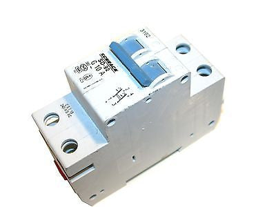UP TO 2 SCHRACK 2 POLE 10 AMP SD-92 CIRCUIT BREAKERS DIN MOUNT G 10 A