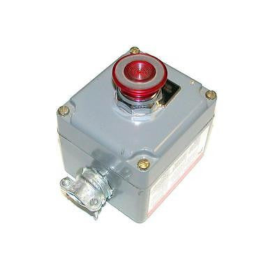 30 MM SQUARE D E-STOP PUSHBUTTON CONTROL STATION  MODEL 9001-KY1