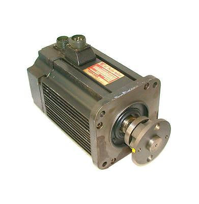 YASKAWA ELECTRIC AC SERVO MOTOR 1.8 KW 1500 RPM MODEL USAFED-20F B2