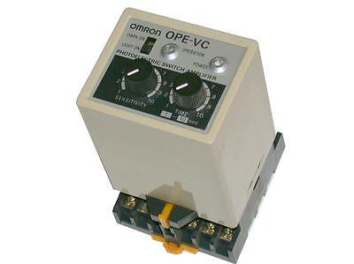 VERY NICE OMRON OPE-VC PHOTOELECTRIC SWITCH AMPLIFIER