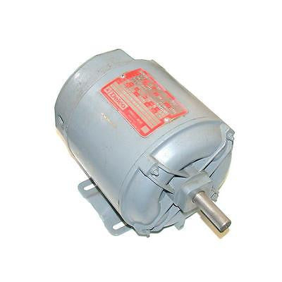 1/2 HP DELCO 3-PHASE AC MOTOR 208-230/460 VAC MODEL 2J7624