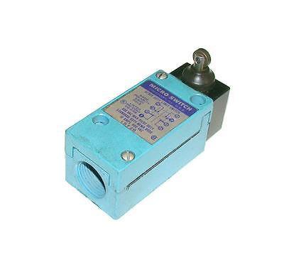 HONEYWELL MICRO SWITCH OIL TIGHT LIMIT SWITCH MODEL LSF2B