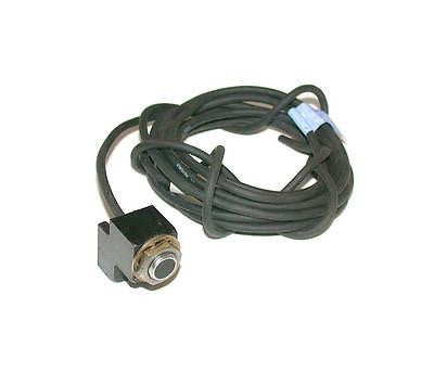 KEYENCE INDUCTIVE PROXIMITY SWITCH 12-30 VDC MODEL EM-010P   (2 AVAILABLE)