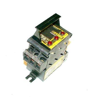 COOPER BUSSMSAN   OPM-CC  OVERCURRENT PROTECTION MODULE 30 AMP 600 VAC