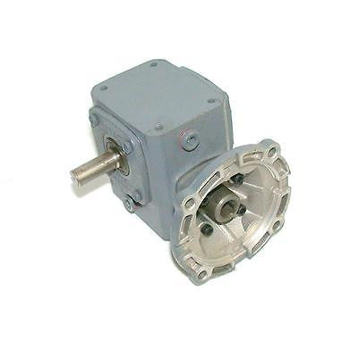 NEW BOSTON GEAR GEARBOX 15: 1 RATIO MODEL F71015XPB4J
