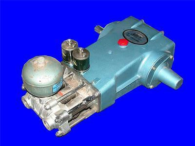VERY NICE CAT 1200 PSI HIGH PRESSURE PLUNGER PUMP 60 FRAME 520 RPMS