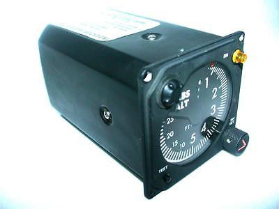 VERY NICE AERO MECHANISM RADIO ALTIMETER INDICATOR 40 TO 2500 FT AM100A-1
