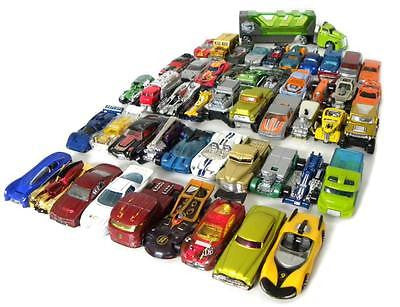 LOT OF 50 MIXED HOT WHEELS CARS / TRUCKS
