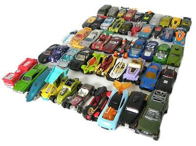 MIXED LOT OF 50 HOT WHEELS CARS / TRUCKS