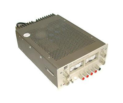 HEWLETT PACKARD TRIPLE OUTPUT DC POWER SUPPLY  15 VDC 0.90 AMP MODEL 6236B