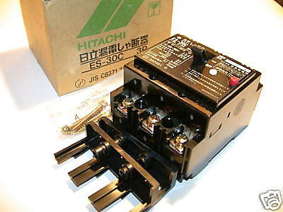4 NEW HITACHI 15A 100-200V 3P CIRCUIT BREAKERS ES-30C