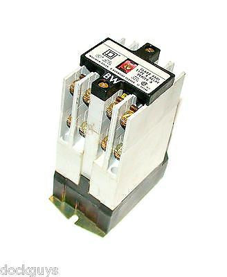 SQUARE D CONTROL RELAY 10 AMP 110/120 VAC MODEL 8501X060