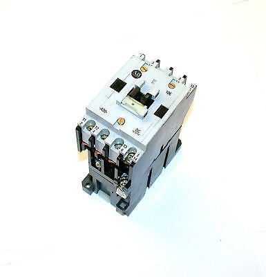 ALLEN BRADLEY MOTOR STARTER RELAY MODEL 100A30NZ3