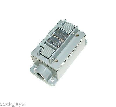 NEW ALLEN BRADLEY LEVER OPERATED PUSHBUTTON STATION MODEL 800S-2SC4