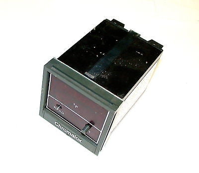 3 CHROMALOX TEMPERATURE CONTROLLERS MODEL  3914-40144