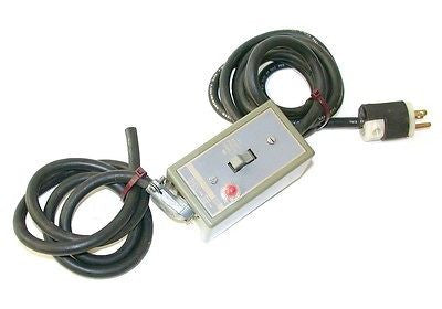 SQUARE D MANUAL MOTOR STARTER MODEL 2510FG2P