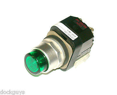 ALLEN BRADLEY GREEN ILLUMINATED PUSHBUTTON 120 VAC MODEL 800T-PB16