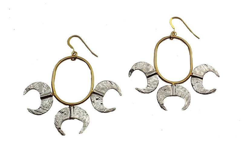 Golden Claws Hoop Earrings