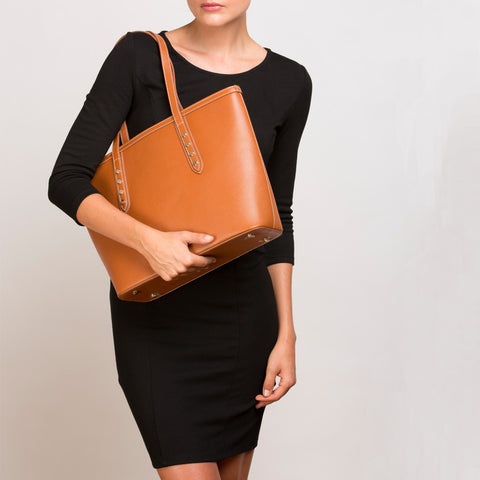 SUSU - Ludlow Saffiano Leather Tote Brown Shoulder Bag