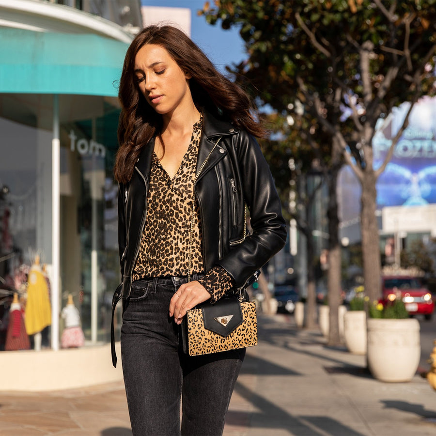 Luxury Leopard Print Black Leather Handbag, Leopard Print Crossbody Chain Purse, Crossbody Clutch, Leopard Print Leather Wristlet, Luxury Wristlet Bag