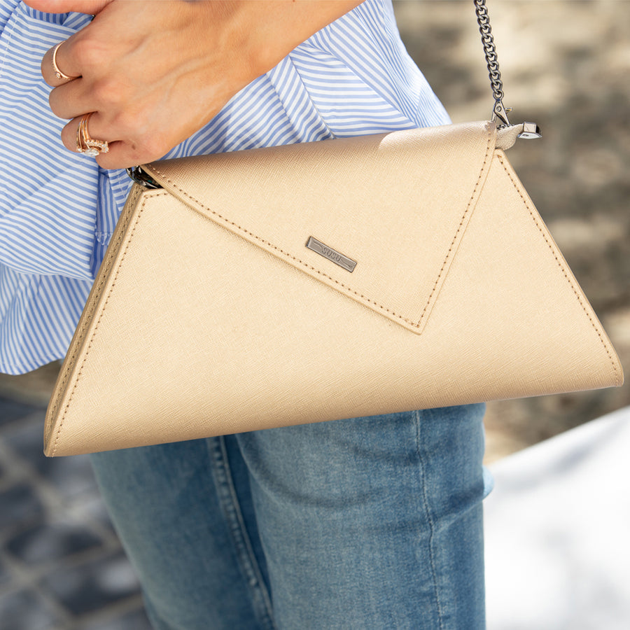 Metallic gold clutch | SUSU Handbags