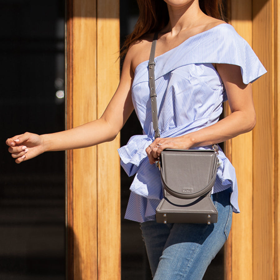 Leather bucket bag | SUSU Handbags