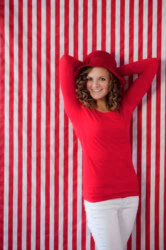 AB857 Poly Pattern Red 5x9 Stripes Background - Backdrop Outlet - 1