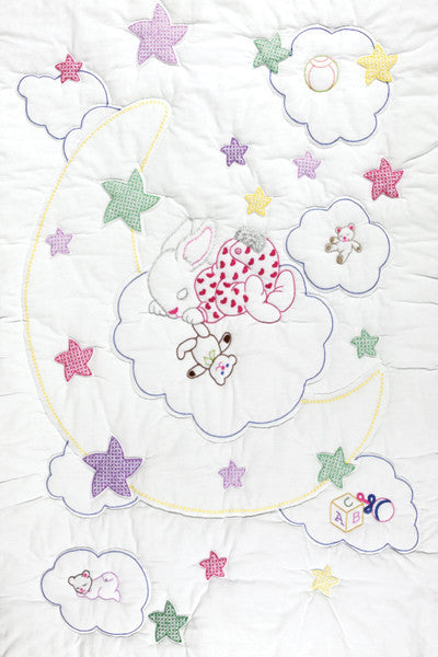 Stamped White Quilt Crib Top Dreamland