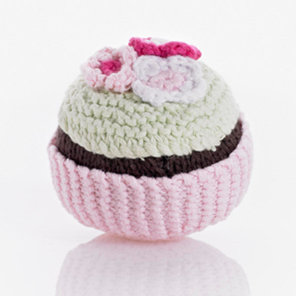Pebble Cupcake Rattle – Pale pink with pistachio icing and flower