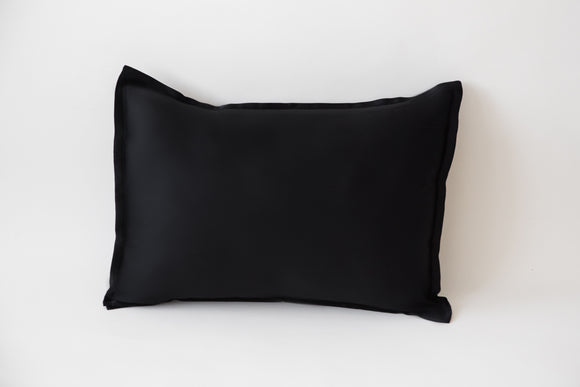 'pilō // Standard Size Pillowcase // Onyx
