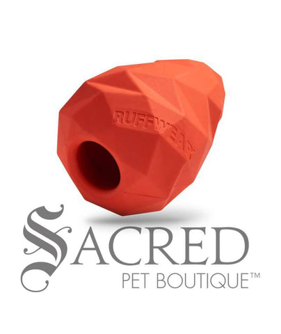 products/Ruffwear-Gnawt-a-cone-treat-fetch-toy-red-angle-SY.jpg