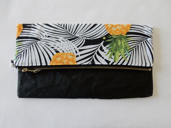Woman Accessories - Black Flamingo Pineapple Foldover Clutch