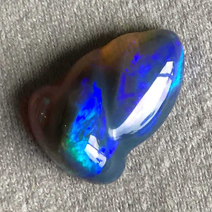 Australian carved jelly opal 10.90 carat loose gemstone - Designer gemstone