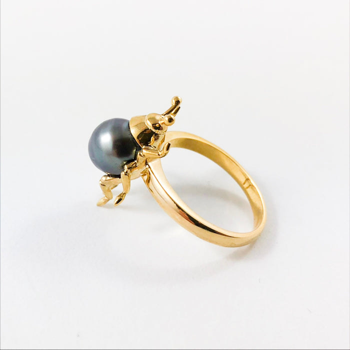 Beetle bug insect Tahitian pearl 14k yellow gold ring