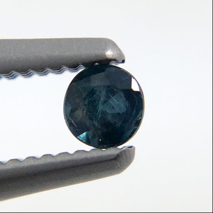 Natural colour change Alexanderite round brilliant cut 0.09 carat