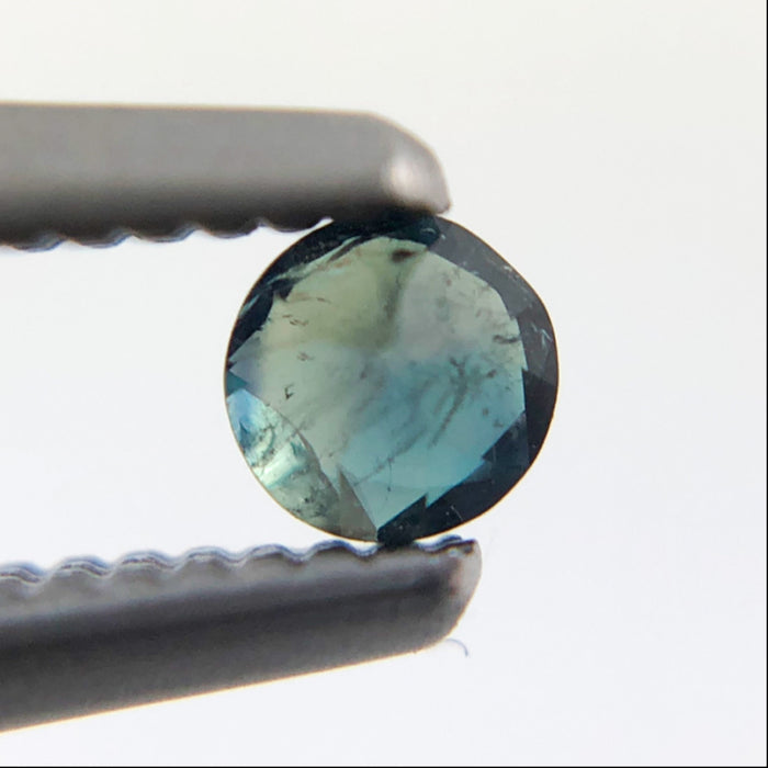Natural colour change Alexanderite round brilliant cut 0.08 carat
