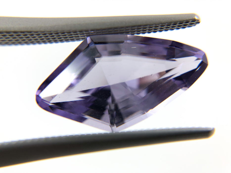 Purple Scapolite kite cut 15x8.8 3.75 carat loose gemstone - Make your own custom jewelry