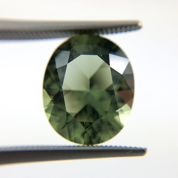 Mint quartz oval brilliant cut 4.57 carat loose gemstone