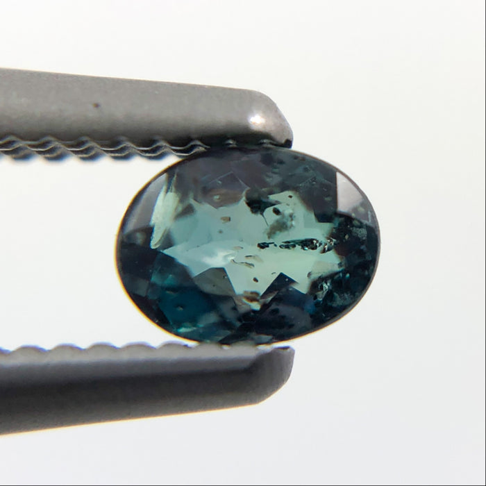 Natural colour change Alexanderite oval brilliant cut 0.21 carat - Buy only with custom order