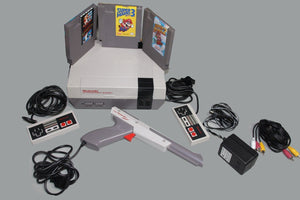 Nintendo NES System Console W/ Super Mario Bros 1, 2, 3  & Duck Hunt Collectible