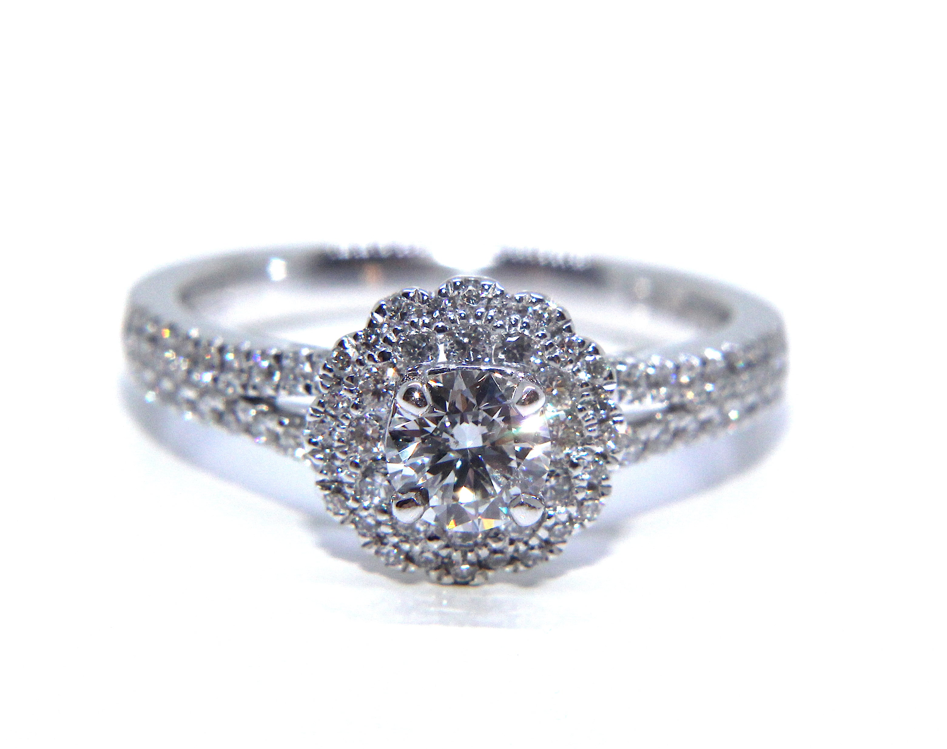 in ring round shoulders sides engagement tw set diamond tapered white and baguette prong ct with platinum rings