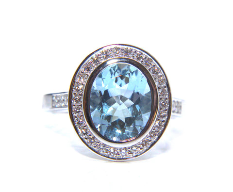 18ct White Gold Oval Aquamarine & Diamond Ring 2.55ct - Campbell Jewellers